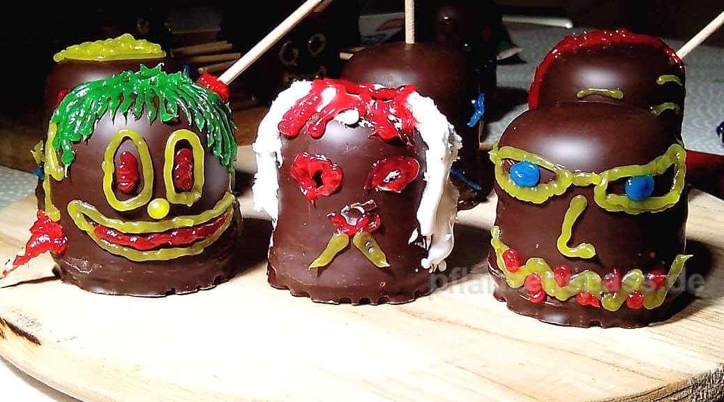 halloween basteln mit Schokoküssen